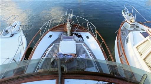 Modern_Boat_trawler_36_13