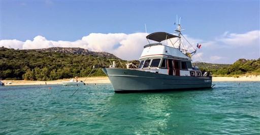 Modern Boat Trawler 361 (1)