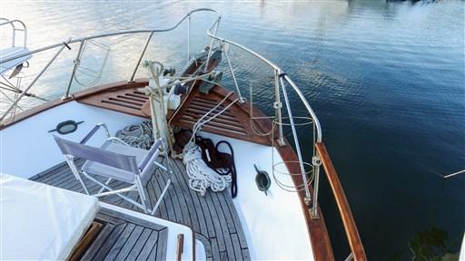 Modern_Boat_trawler_36_2
