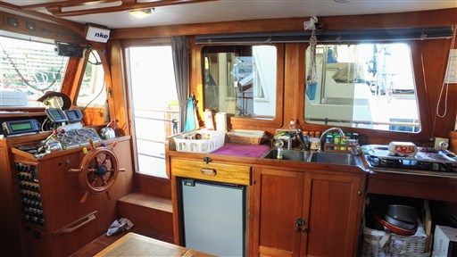 Modern_Boat_trawler_36_51
