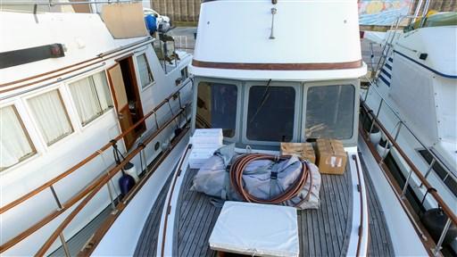 Modern_Boat_trawler_36_4