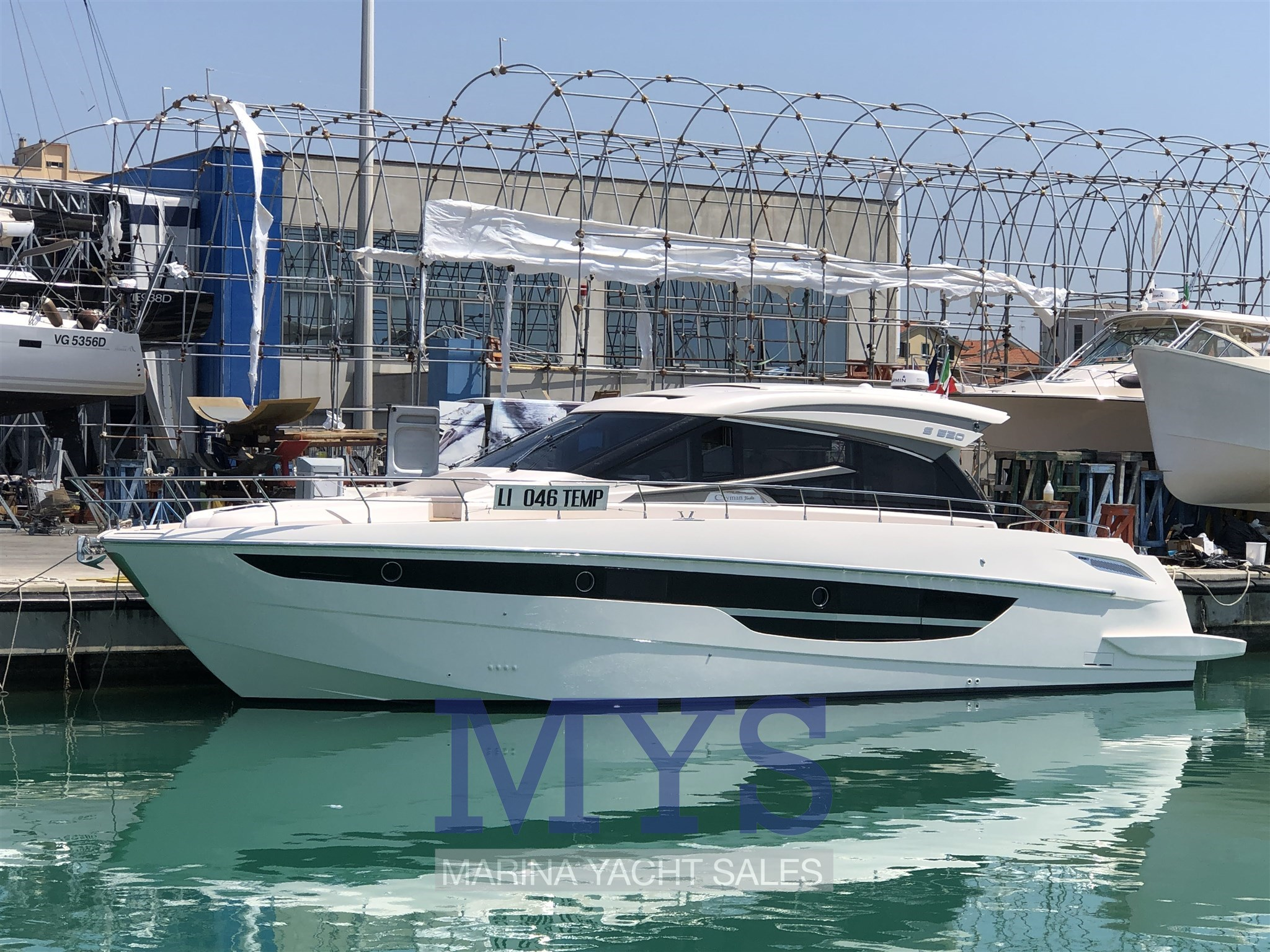 CAYMAN S520 (9)