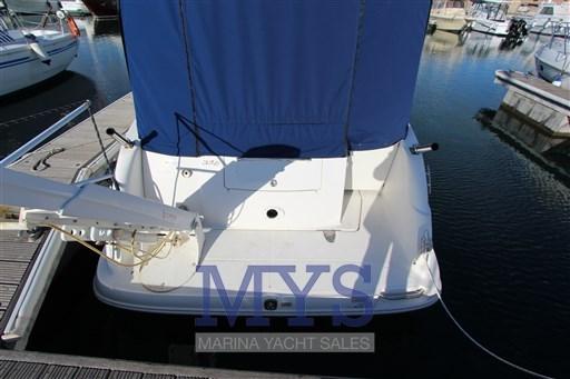 Sea Ray Boats 325 Sundancer (5)