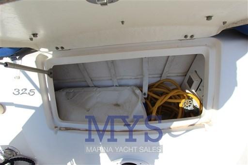 Sea Ray Boats 325 Sundancer (6)