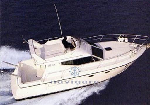 Azimut Az 37