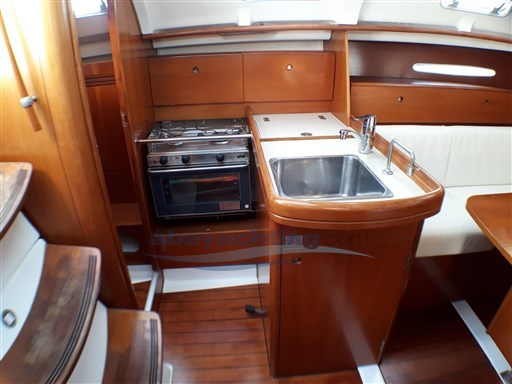 Abayachting Beneteau First 33.7 usata-used 13
