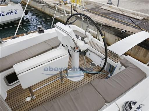 Abayachting Jeanneau Sun Odyssey 33i 9