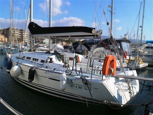 Abayachting First 35 Beneteau 1