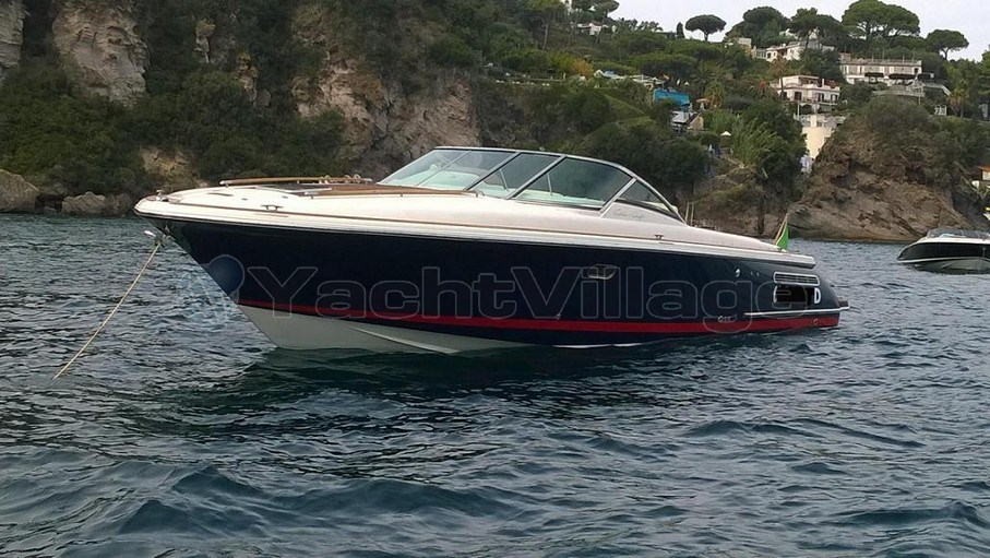 Chris Craft Corsair 33, preowned motorboat for sale in