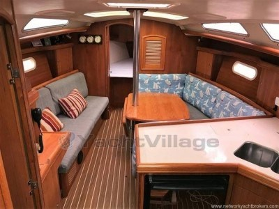 Hunter 36 Legend, preowned sailboat for sale in (Great Britain)