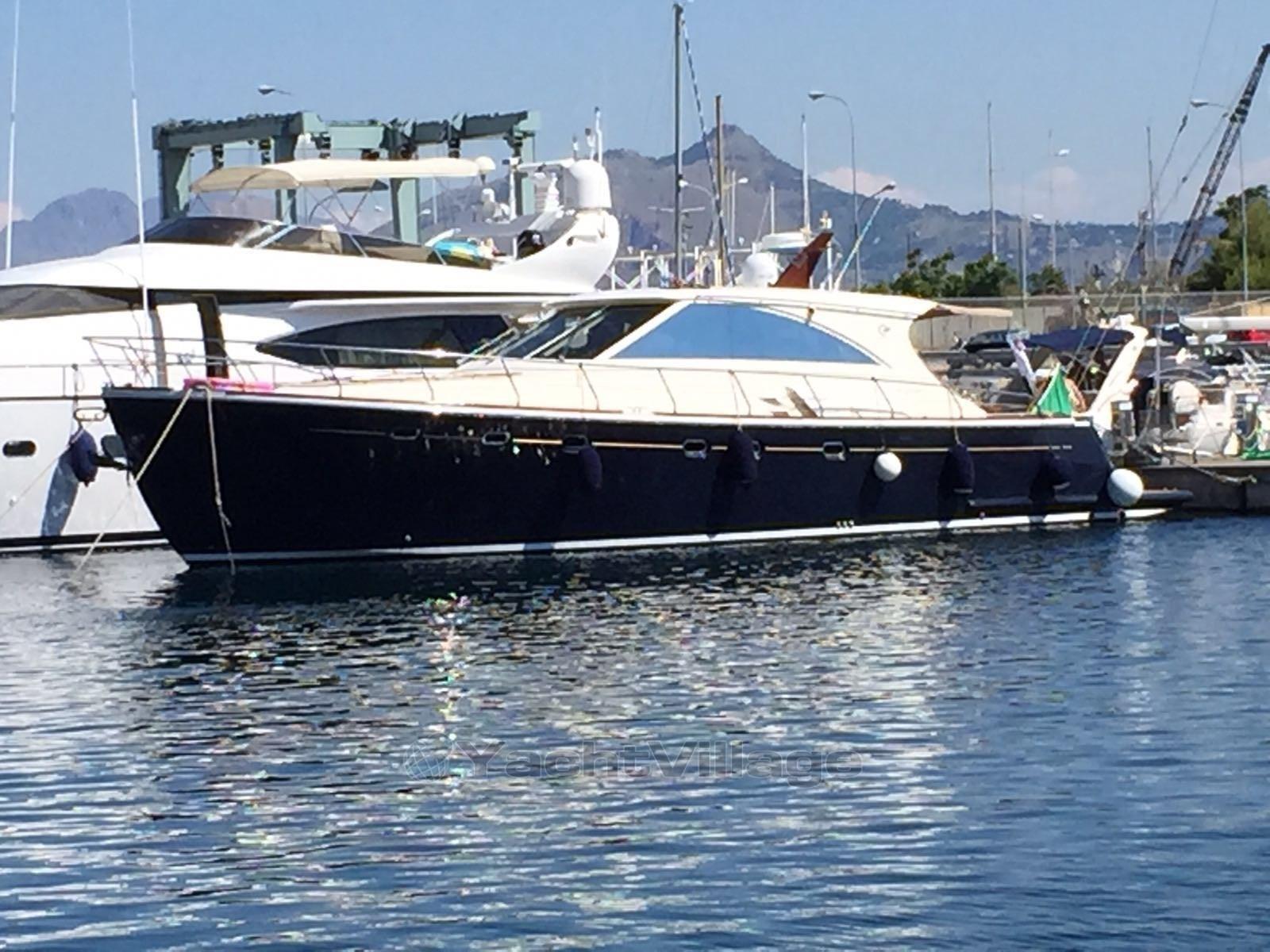 bateau_cantieri-estensi-goldstar-540-s_4088165.jpg