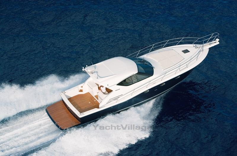 bateau_uniesse-uniesse-48-ht_4068822.jpg