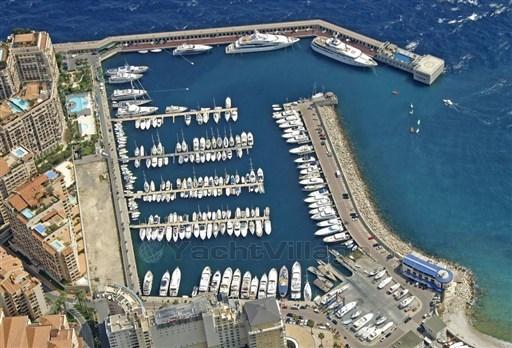 A vendre place de port 8.50m Cap d'Ail Darcy Yachting (1).jpg