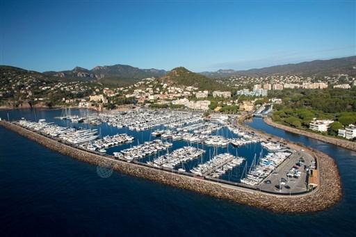 Port de Mandelieu place de Port à vendre.jpg