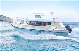 Quicksilver 905 Pilothouse - A vendre Darcy Yachting (1).jpg