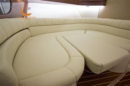 370_seating-premium.jpg