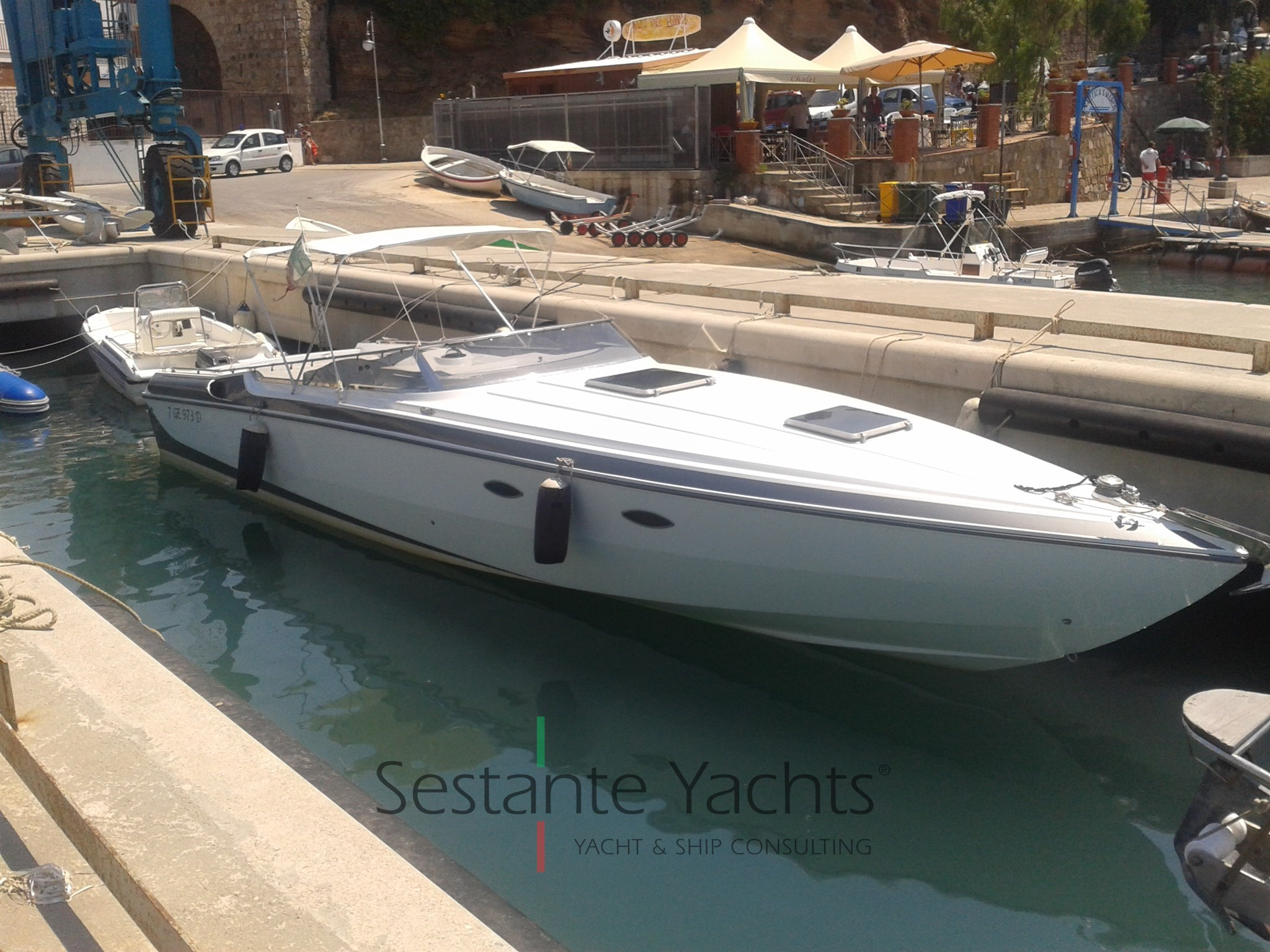Wellcraft Marine 38 Scarab Thunder, preowned motorboat for