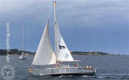 Dumont Carval 43