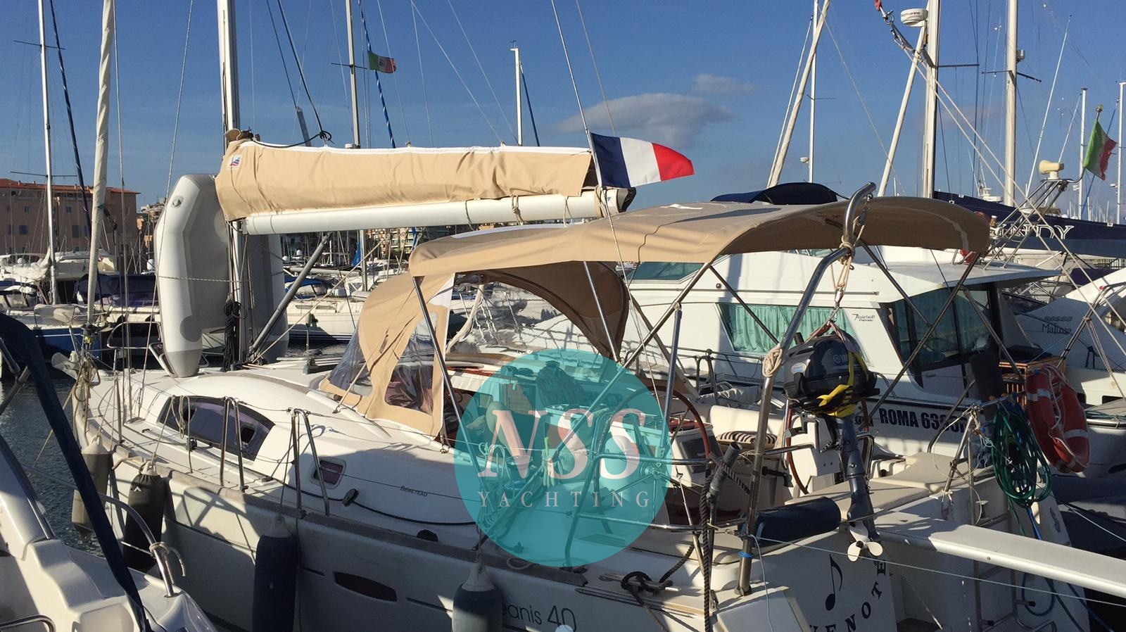 Beneteau Oceanis 40, preowned sailboat for sale in Lazio (Italy)