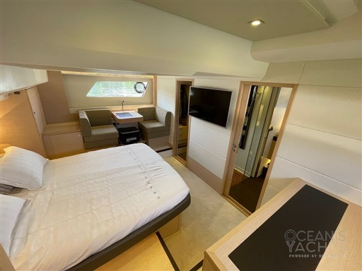 prestige-yacht-prestige-550(15)