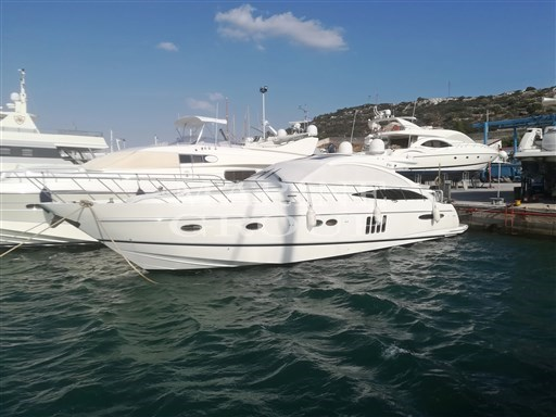 Princess Yachts V65