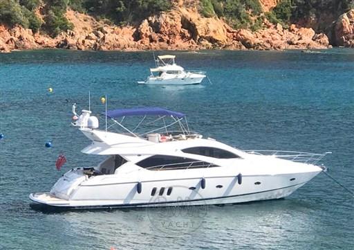 0 - Sunseeker Manhattan 60 Flybridge - Bella Yacht - Mathieu Gueudin - Yacht Broker - Sale - Rent - Charter - Management - Monaco - Cannes - Saint Tropez
