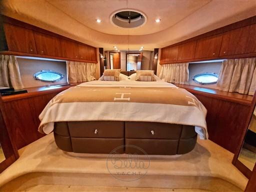 20a - Sunseeker Manhattan 60 Flybridge - Bella Yacht - Mathieu Gueudin - Yacht Broker - Sale - Rent - Charter - Management - Monaco - Cannes - Saint Tropez