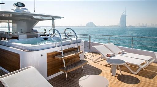 Majesty140- a vendre -yacht -luxe- Cannes- Monaco -St Tropez- Gulf craft - Bella yacht- jacuzzi
