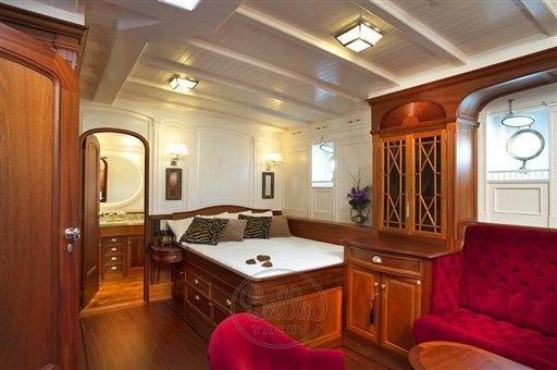 13 - Atlantic - Bella Yacht - Mathieu Gueudin - Yacht Broker - Sell - Buy - Charter - Management - Monaco - Cannes - Saint Tropez