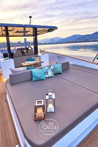 7 - C Tender 38 - Vente - Location - Cannes - Monaco - St Tropez - Bella Yacht - Yacht Broker - Mathieu Gueudin