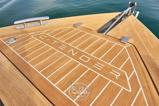 11 - C Tender 38 - Vente - Location - Cannes - Monaco - St Tropez - Bella Yacht - Yacht Broker - Mathieu Gueudin