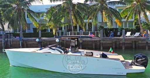 3 - C Tender 38 - Vente - Location - Cannes - Monaco - St Tropez - Bella Yacht - Yacht Broker - Mathieu Gueudin