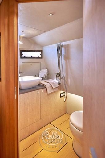 17 - C Tender 38 - Vente - Location - Cannes - Monaco - St Tropez - Bella Yacht - Yacht Broker - Mathieu Gueudin