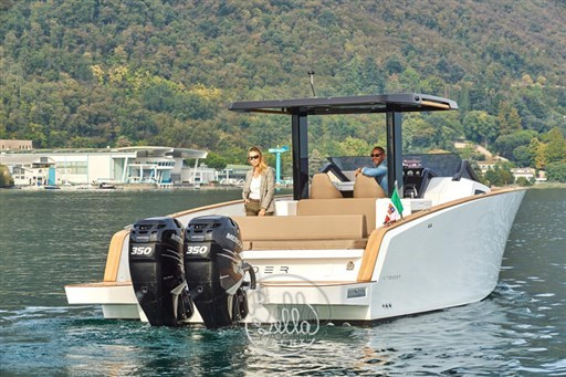 4 - C Tender 38 - Vente - Location - Cannes - Monaco - St Tropez - Bella Yacht - Yacht Broker - Mathieu Gueudin