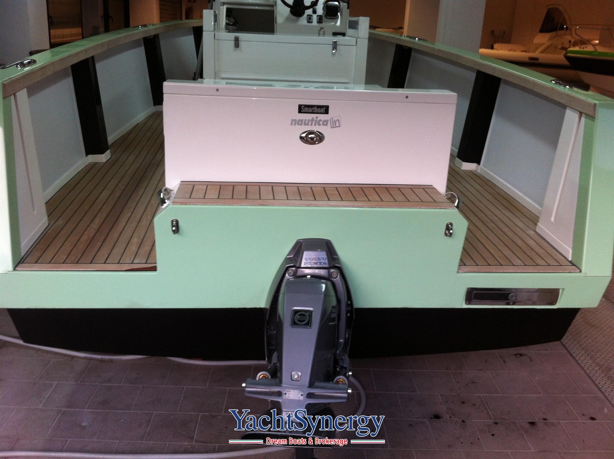 smartboat smartboat 23 bateau moteur occasion en vente en campania italie. Black Bedroom Furniture Sets. Home Design Ideas